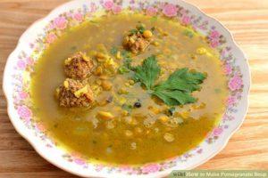 سوپ انار؛ پیش غذای متفاوت شب یلدا