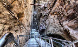 آبشار قره سو؛ جاذبهای دیدنی در کلات نادری مشهد