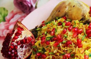 انار پلوی شیرازی؛ شامی لذیذ مخصوص زمستان